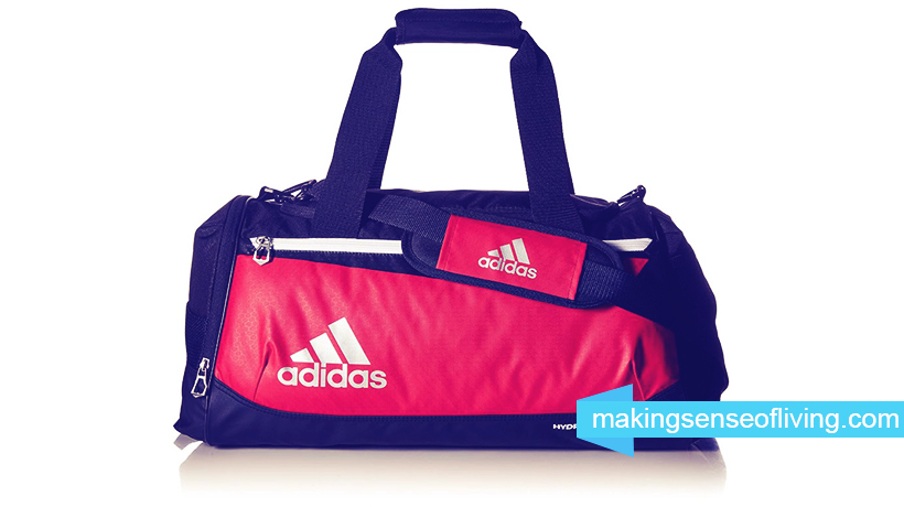 b72bc3a98af0 The 5 Best Gym Bags For Men Reviewed